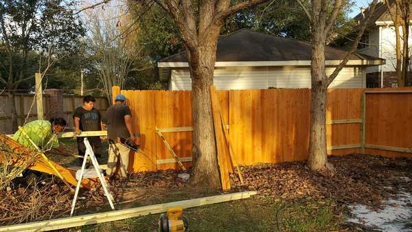 Fence Installation & Staining in Houston, TX (1)