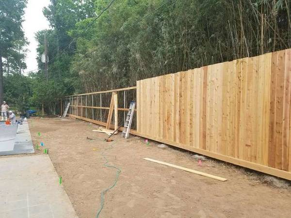 Fence Building in Memorial City, Houston, TX (1)